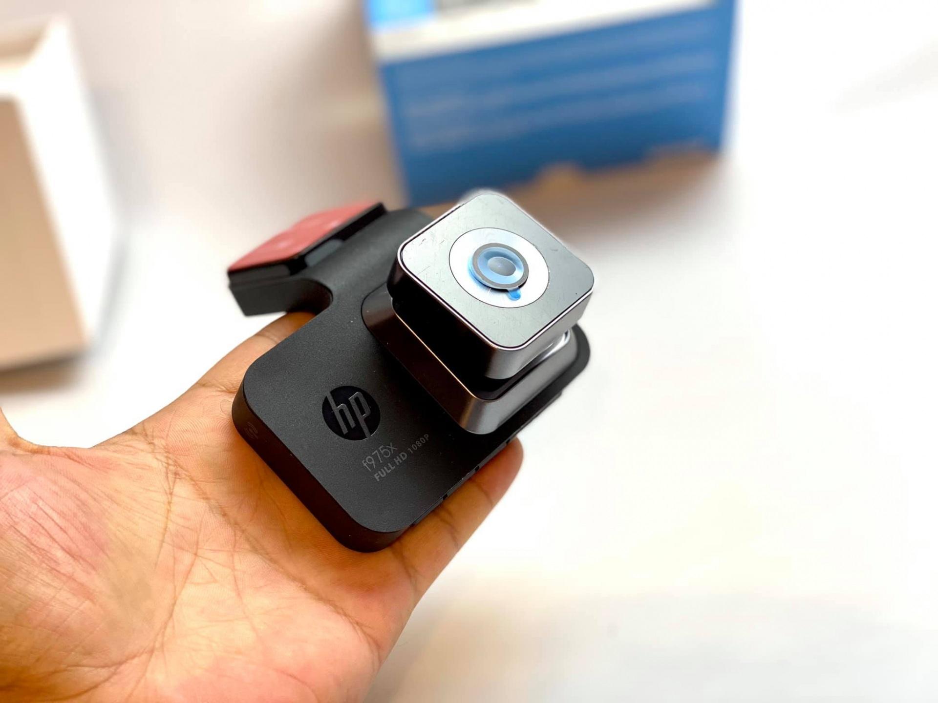 Camera hanh trinh HP F975x